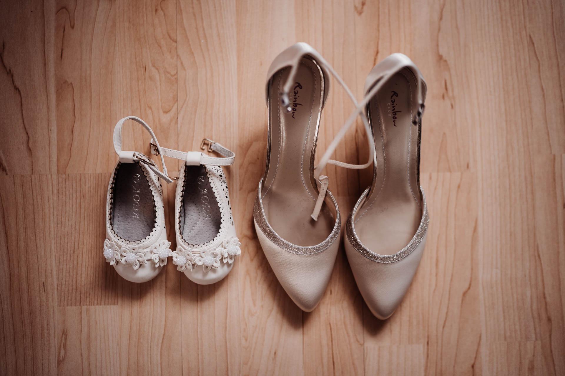 Braut- und Kinderschuhe