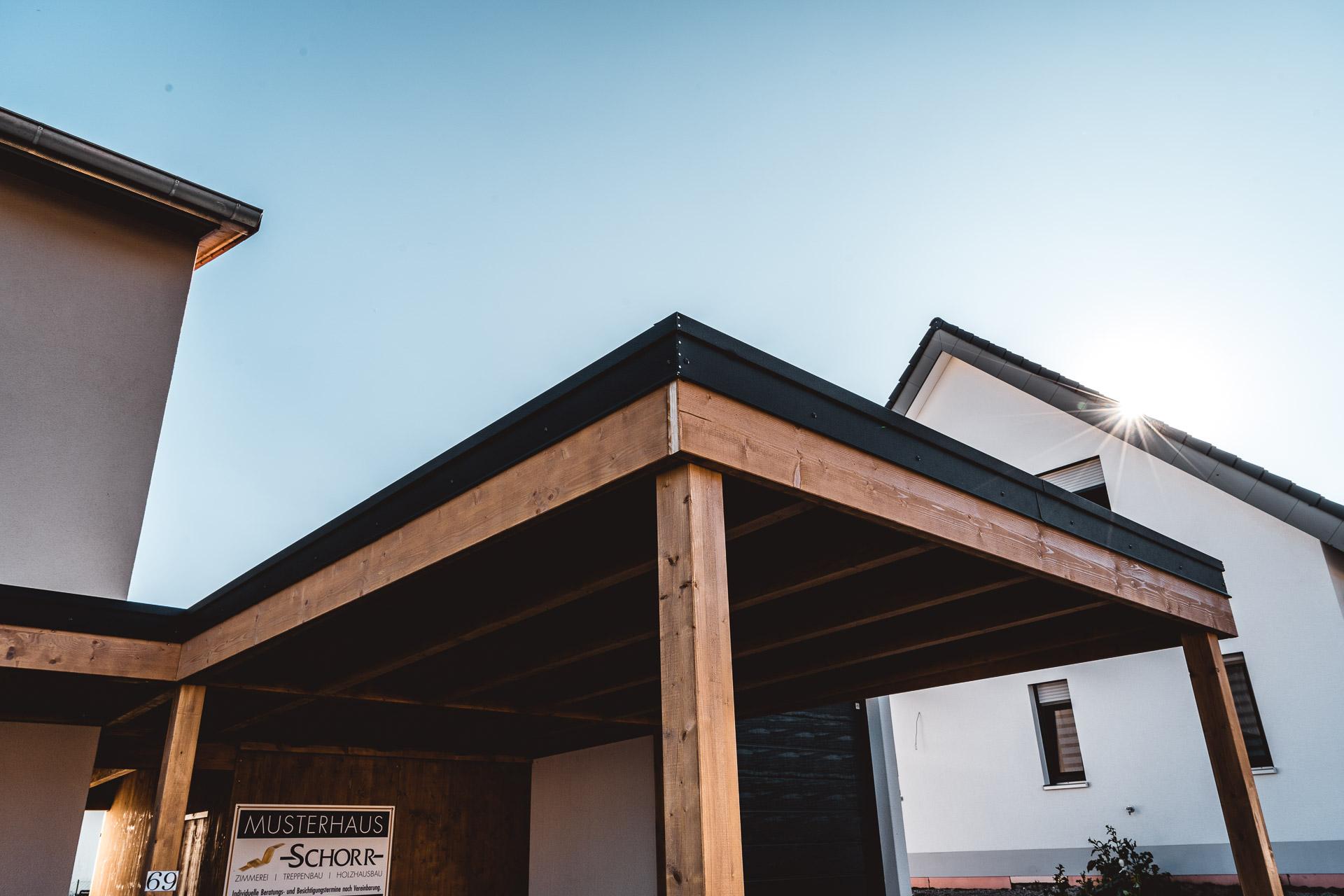Holzbau Schorr Musterhaus Carport 1