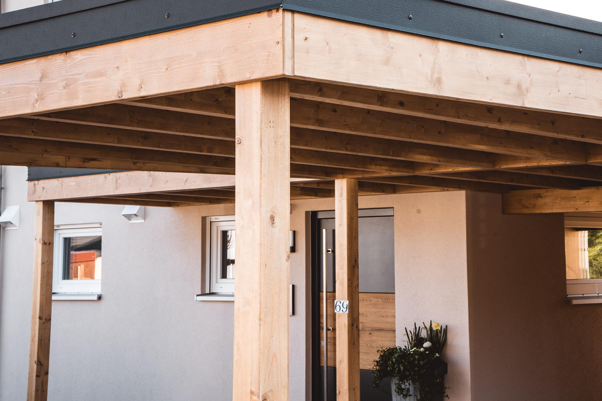 Holzbau Schorr Musterhaus Carport 4